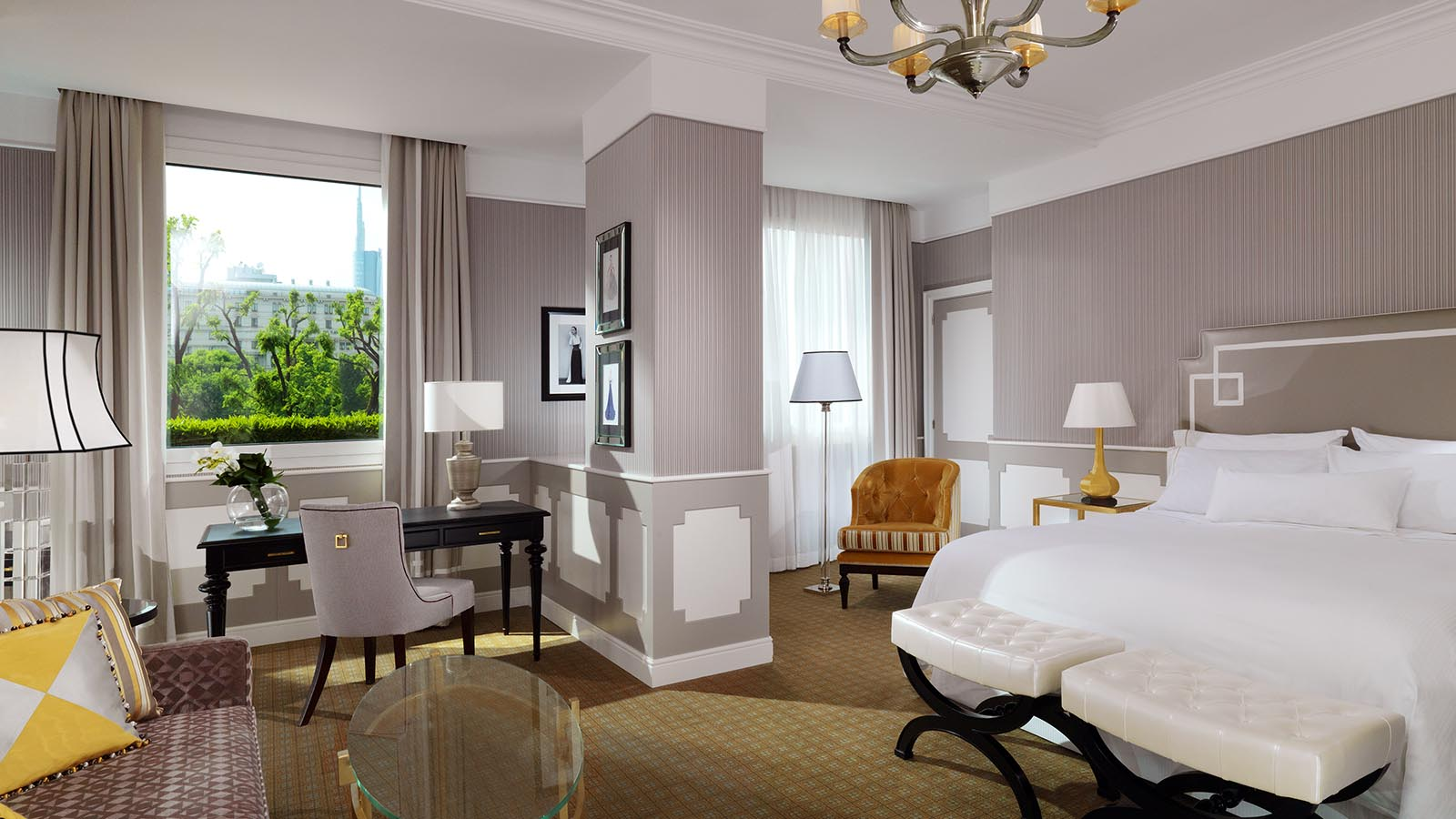 Grand Deluxe Contemporary Room